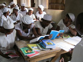 Nursing students in Congo are using the publications of the Center